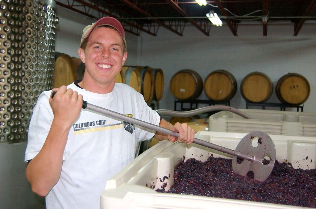 preparing the grapes